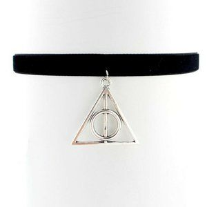 Jewelry - NWOT Harry Potter Deathly Hallows Choker Necklace